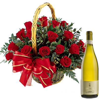 Ordina 17 Composizione in Cesto con Vino Bianco online e invia a domicilio