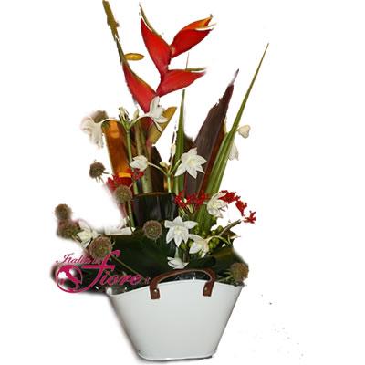 Composizioni di fiori consegna gratuita a domicilio con for Acquisto piante e fiori on line