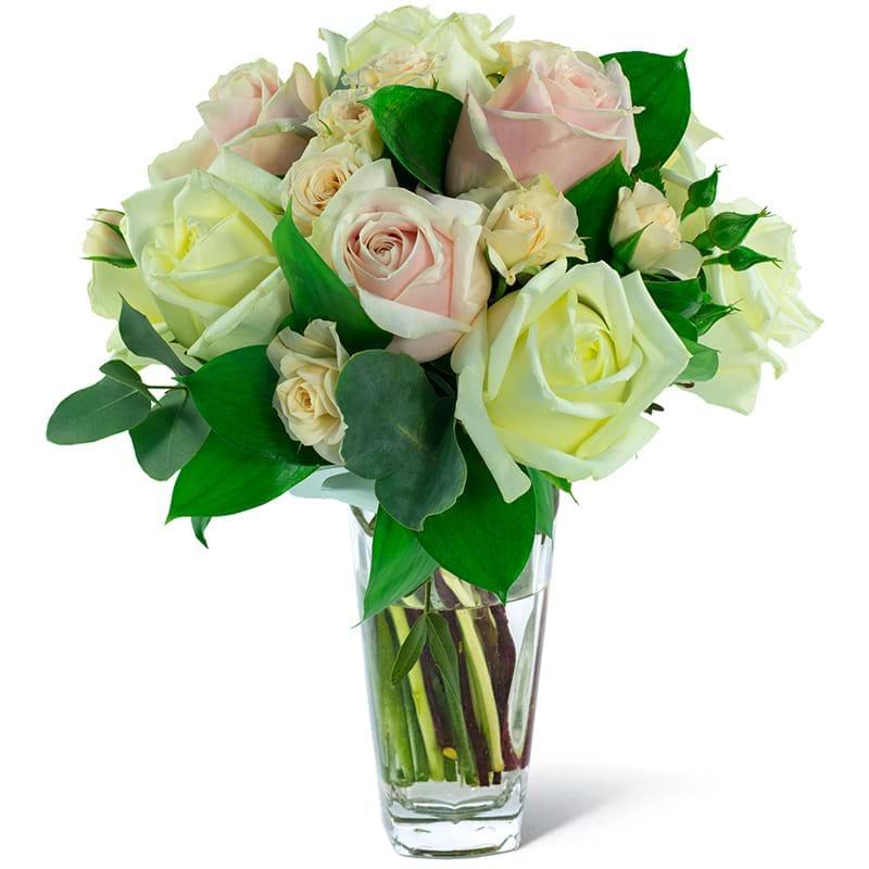 Spedire bouquet rose rosa e bianche in vaso