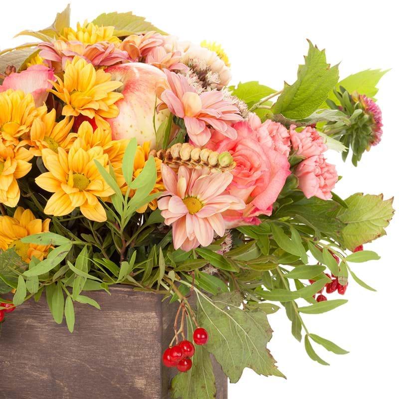 Spedire composizione fiori e frutta particolare