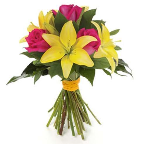 Spedire lilium gialli e rosa