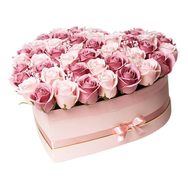 scatola cuore rose rosa